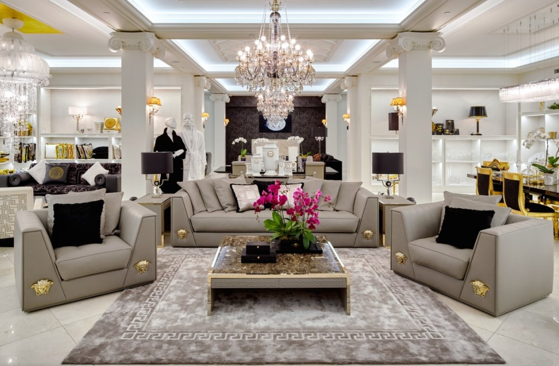 Versace home for Mobilia store