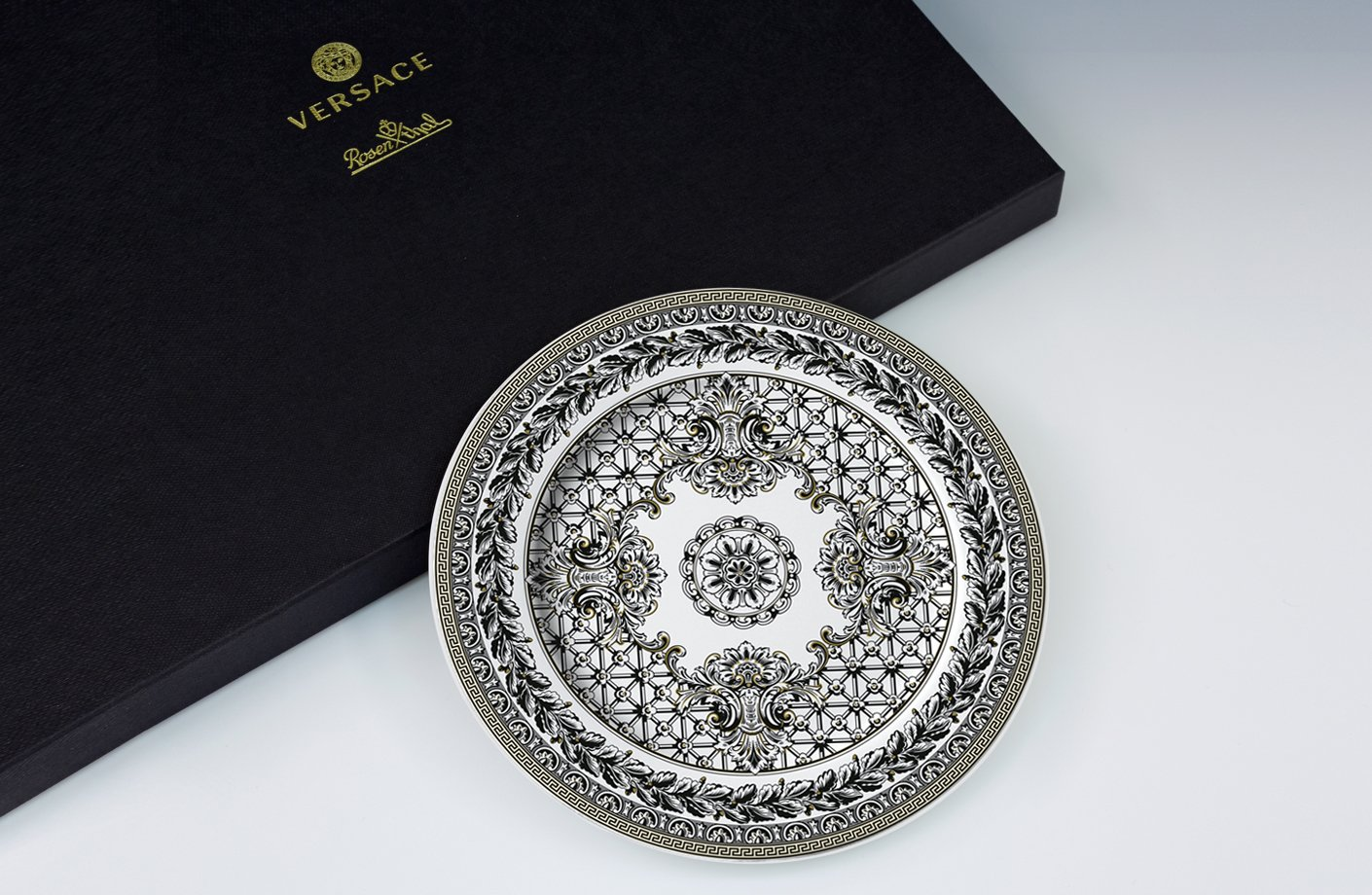 Marqueterie 20th Anniversary Wall Plate 18 Cm Versace